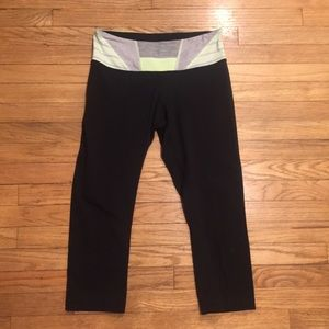 Lululemon reversible capri pants - sz 6